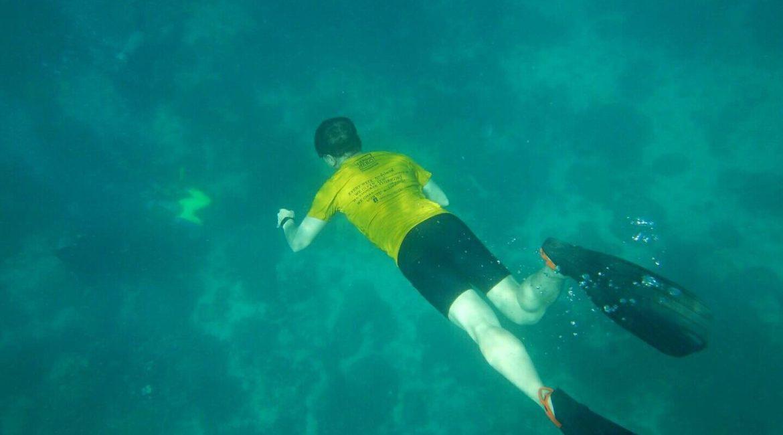 """World Ocean Day                                         """"เราต้องลดการทำร้ายทะเลลงให้ได้""""                  โดย.. วีระศักดิ์ โควสุรัตน์"""